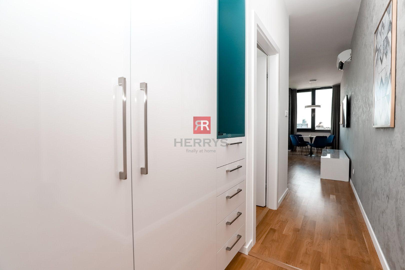 HERRYS - Na prenájom krásny dizajnový 2 izbový byt s garážovým státím a pivnicou v novostavbe PROXENTA RESIDENCE