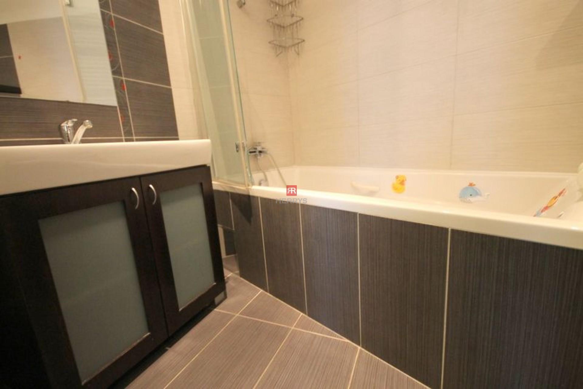 HERRYS - Na prenájom 2 izbový byt s loggiou na ulici Hany Meličkovej