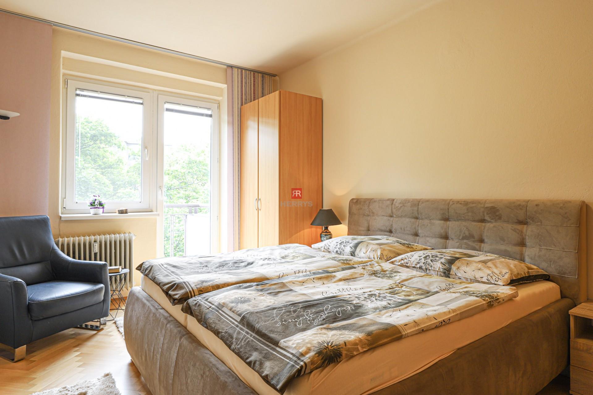 HERRYS - Na prenájom veľký 2 izbový byt v Starom Meste po rekonštrukcii