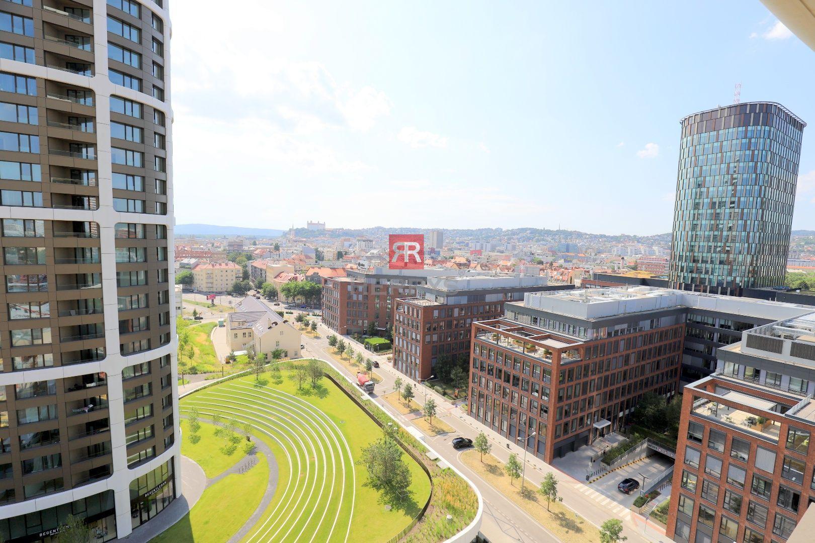 HERRYS - na prenájom 2 izbový byt v Sky parkus výhľadom na hrad