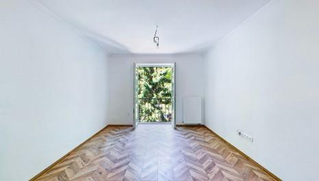 HERRYS - Na predaj 2 izbový novo-zrekonštruovaný byt v tehlovom bytovom dome v obľúbenej lokalite neďaleko Dulovho námestia