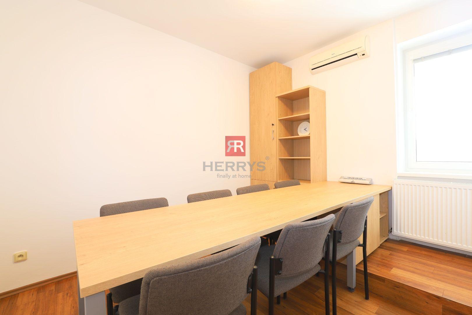 HERRYS - Na prenájom kancelársky priestor pri Dunaji s parkovacími státiami