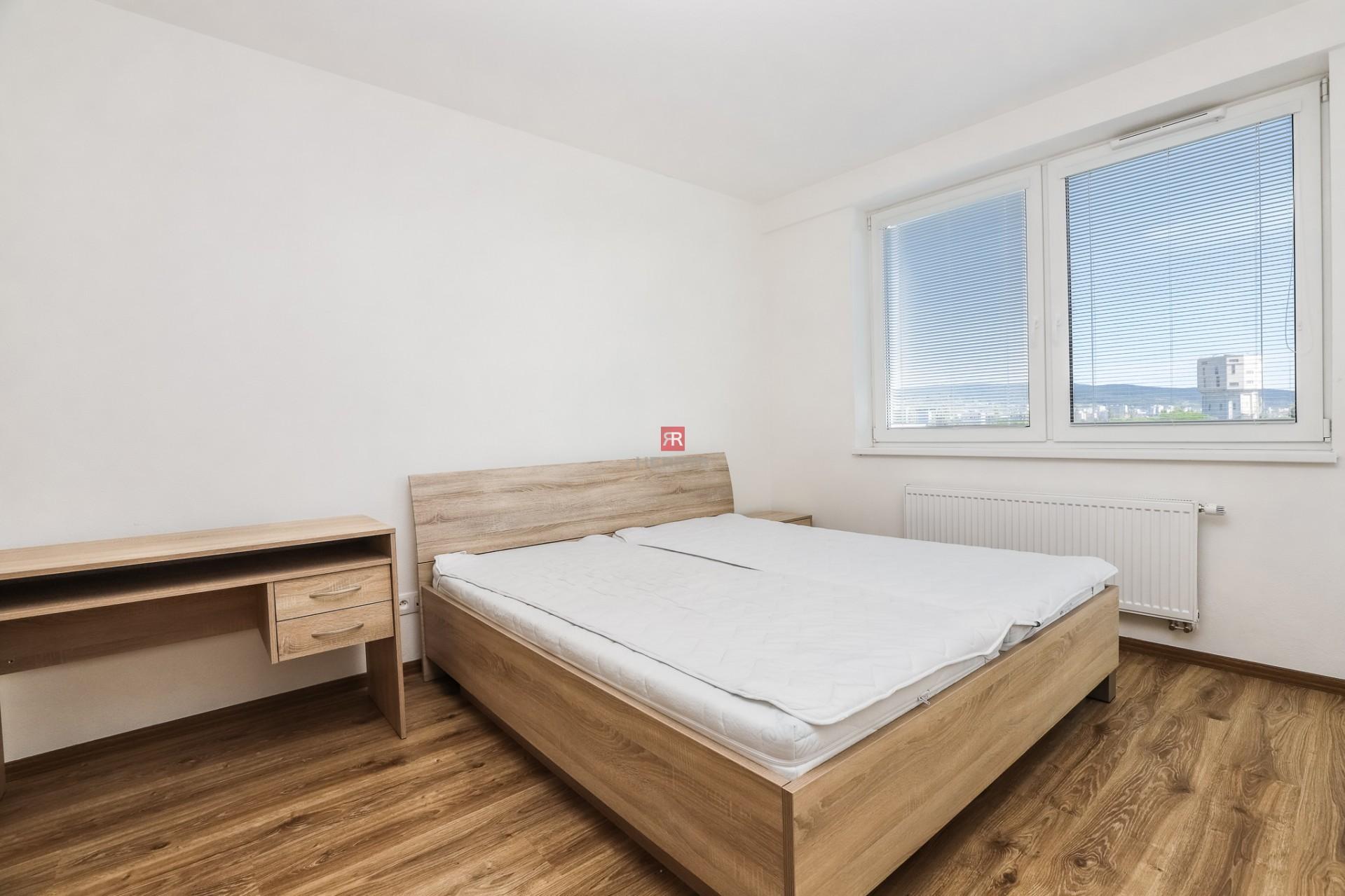 HERRYS - Na prenájom kompletne zariadený 2 izbový byt s garážovým státím a pivnicou v novostavbe Nobelova