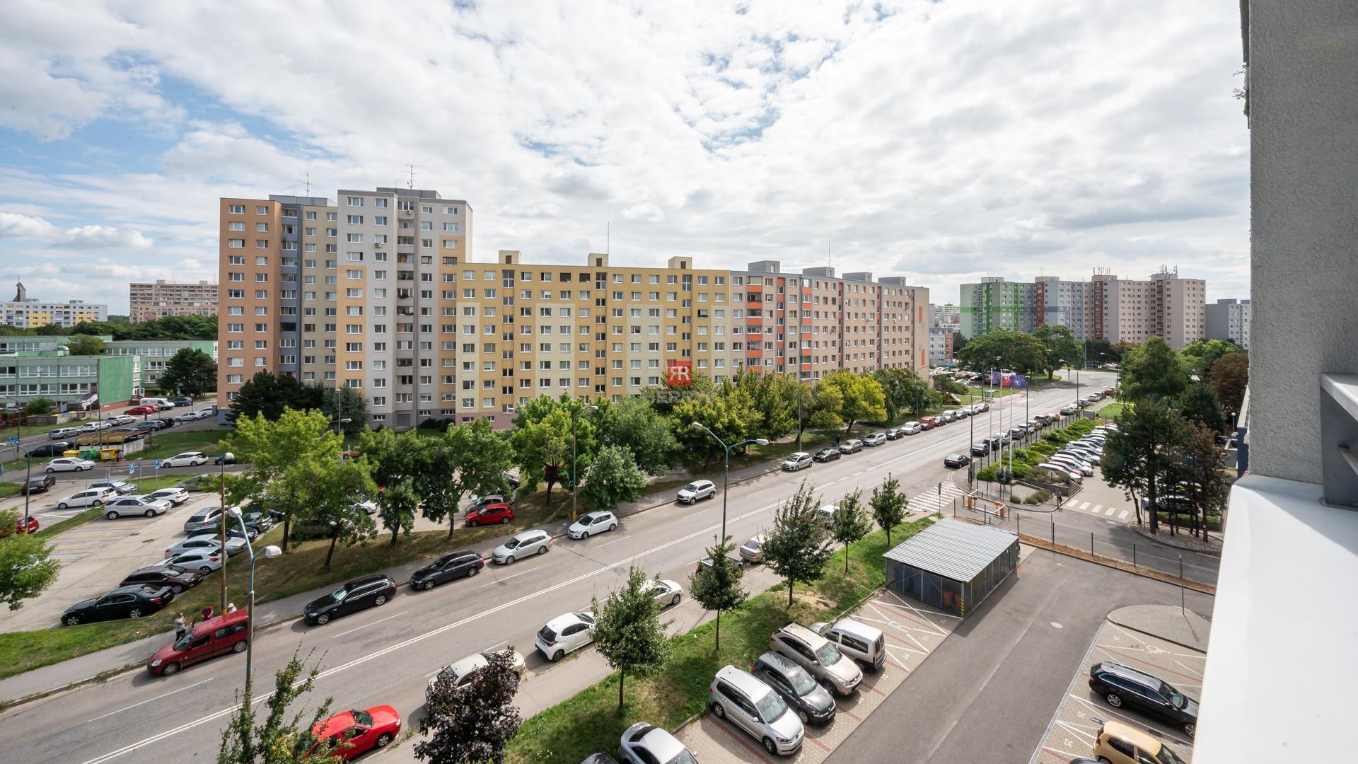 "HERRYS - Na predaj2 izbový byt v novostavbe ""SOLAR"" v Petržalke"