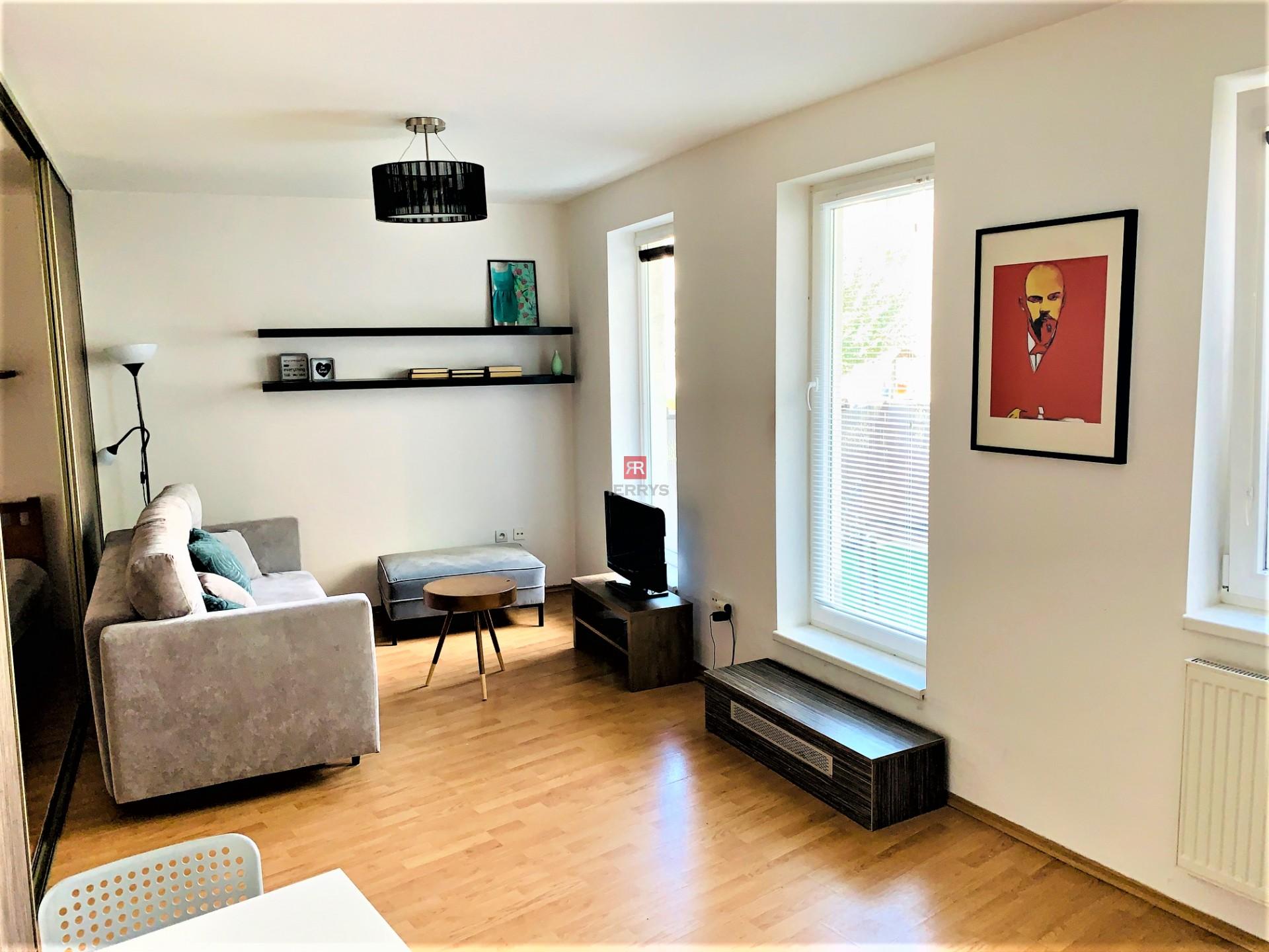 HERRYS - Na prenájom 1 izbový útulný byt s priestrannou terasou na Kresánkovej ulici