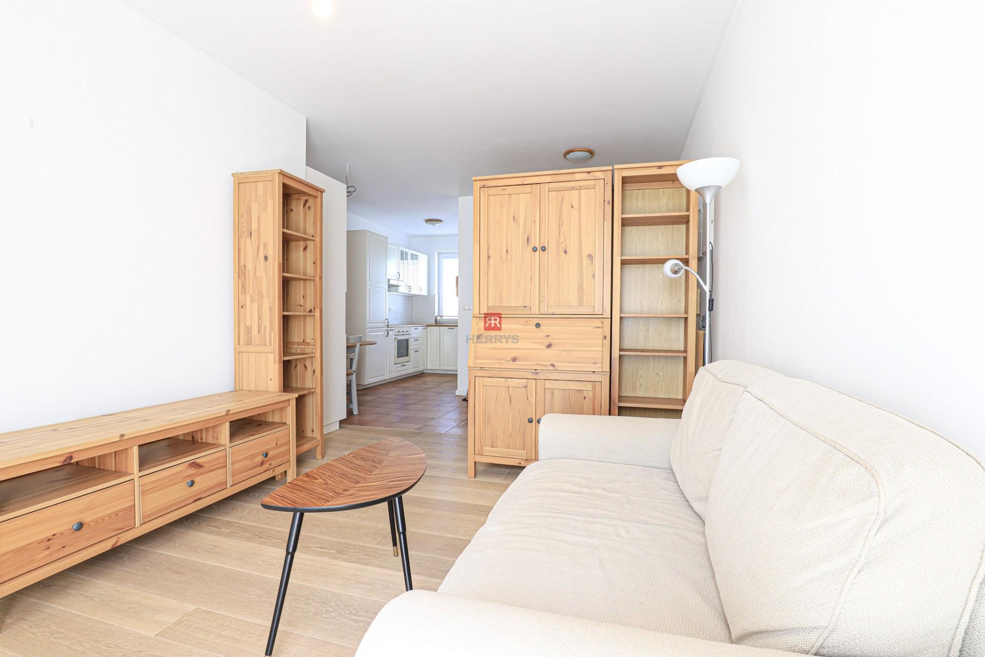 HERRYS - Na predaj slnečný 1,5 izbový byt s predzáhradkou v novostavbe v Rači
