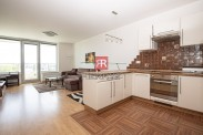HERRYS - Na prenájom 2 izbový byt v projekte III Veže s parkovacím miestom, v blízkosti OC VIVO! a Kuchajda