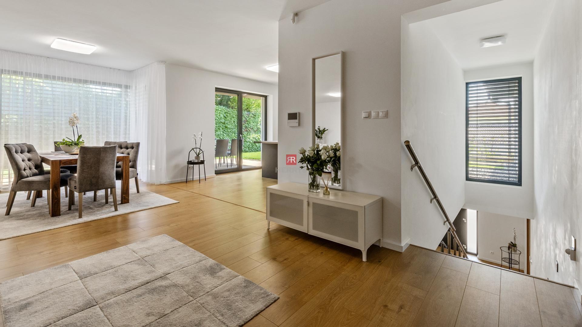 HERRYS - Na prenájom krásny priestranný RD vo vysokom štandarde vprémiovej lokalite