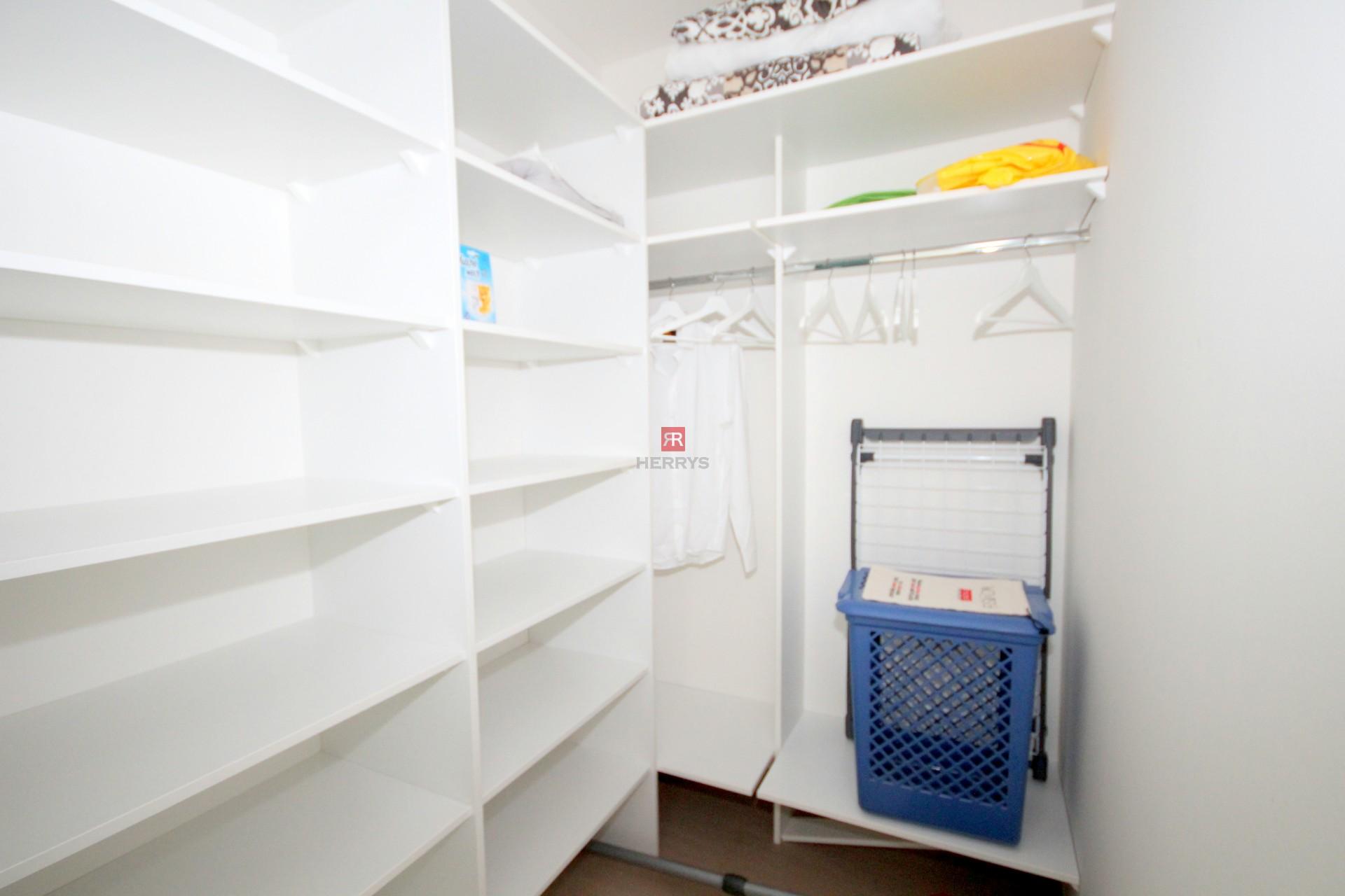 HERRYS - Na prenájom 3 izbový byt s lodžiou a garážovým státím v obľúbenom projekte Panorama City
