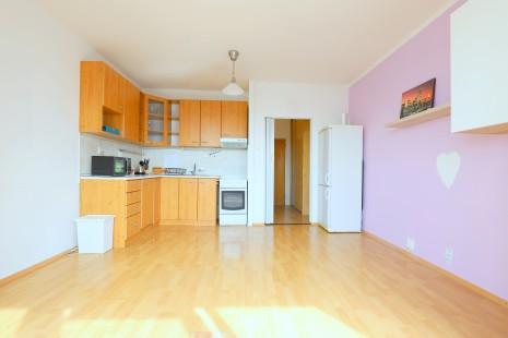 HERRYS - na predaj 2 izbový byt na začiatku Petržalky pri Ekonomickej univerzite
