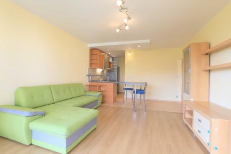 HERRYS - Naprenájom priestranný 2 izbový byt na začiatku Petržalky s výbornými možnosťami parkovania
