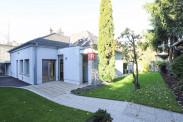 HERRYS - Na prenájom priestranný rodinný dom vo vyhľadávanej lokalite na Hradnom kopci v Slávičom údolí