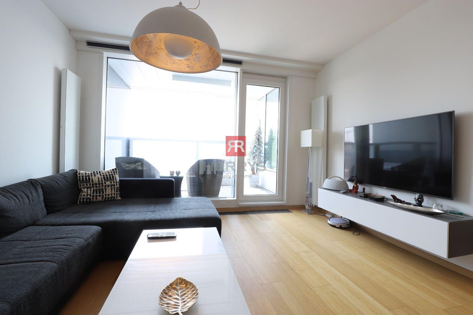 HERRYS - Na prenájom nadštandardne zariadený 2 izbový byt s loggiou v PANORAMA CITY