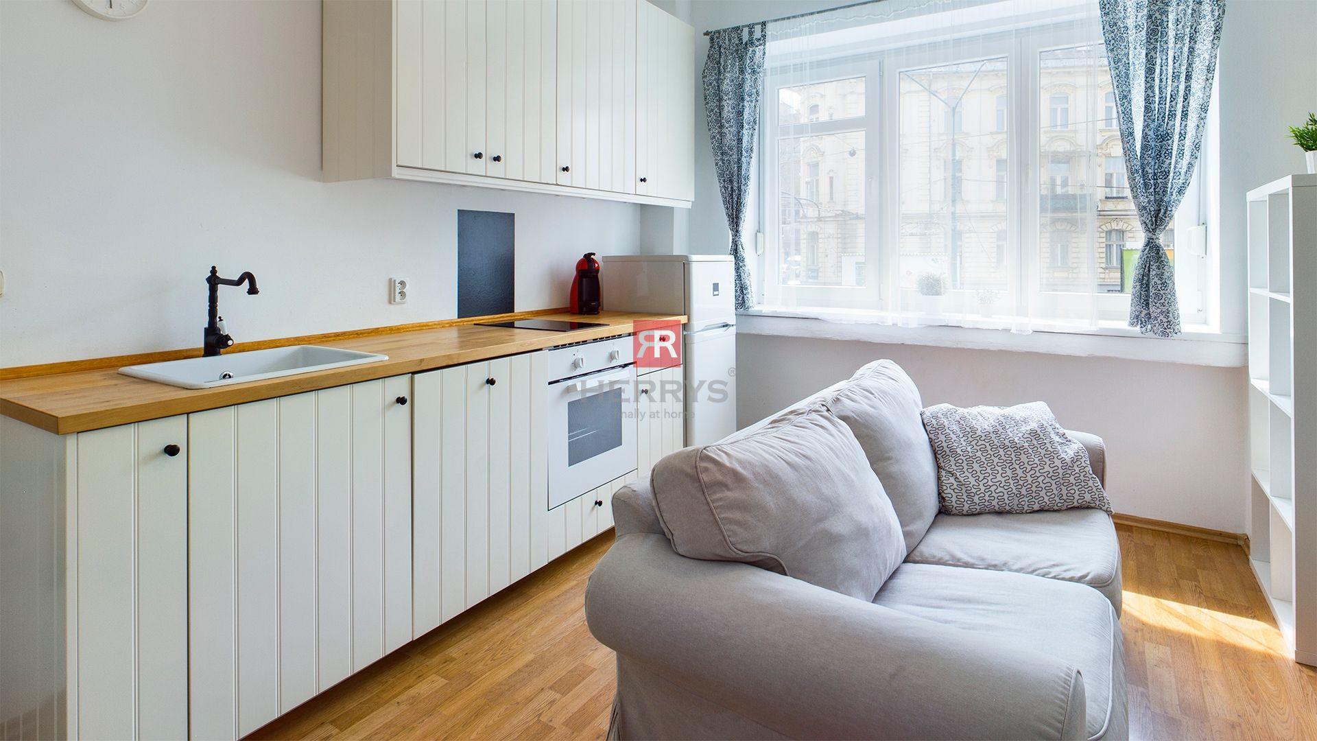 HERRYS - Na predaj moderného 2 izbového bytu v Starom meste, Štefániková ulica