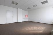 HERRYS - Na prenájom kancelárske priestory s parkovaním v Dúbravke - možnosť prenájmu kancelárie od 15,5 m2