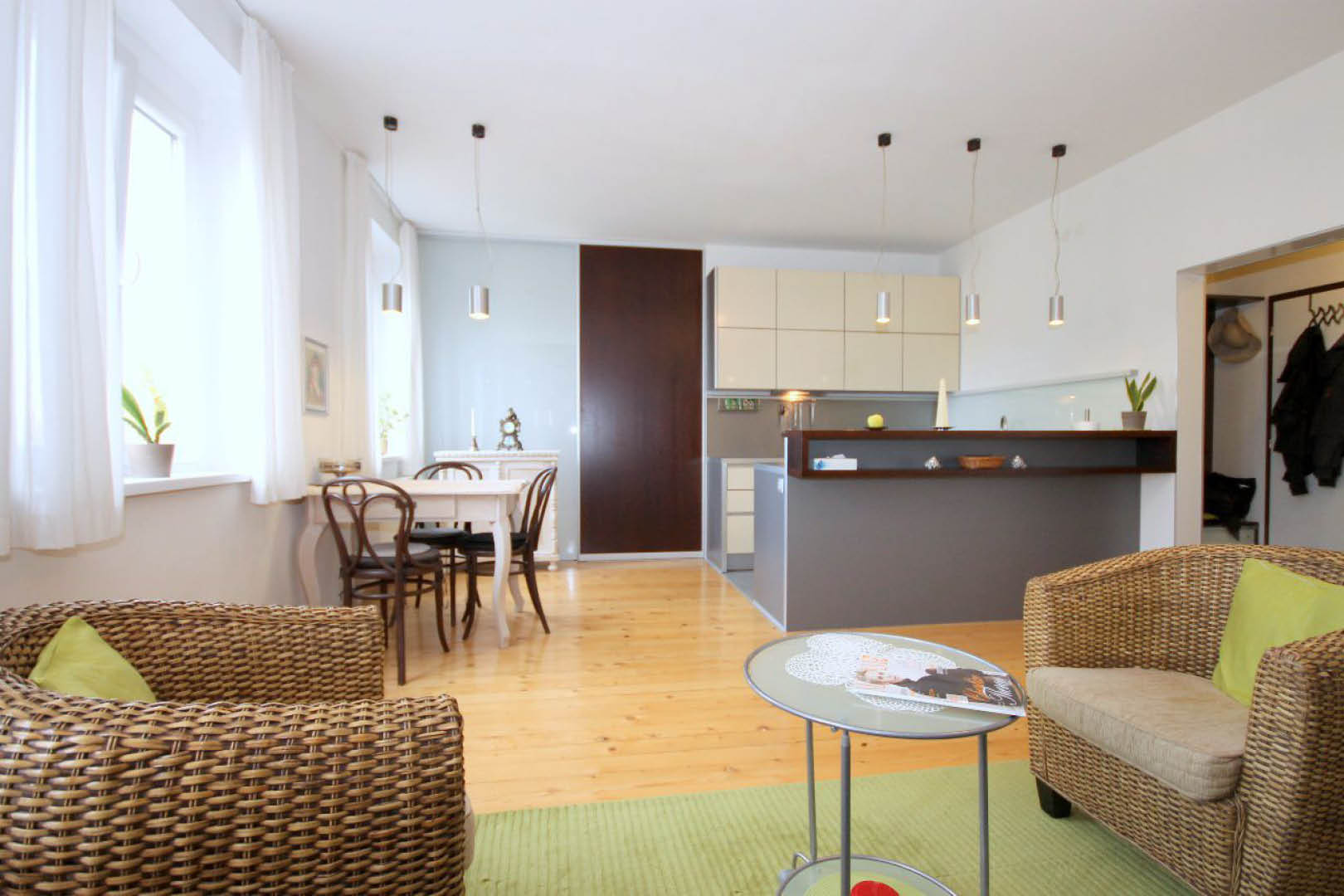 PRENAJATÉ   2 izbový byt   Sienkiewiczova, Bratislava
