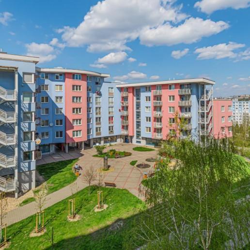 PREDANÉ | 4 izbový byt | Hany Meličkovej, Bratislava