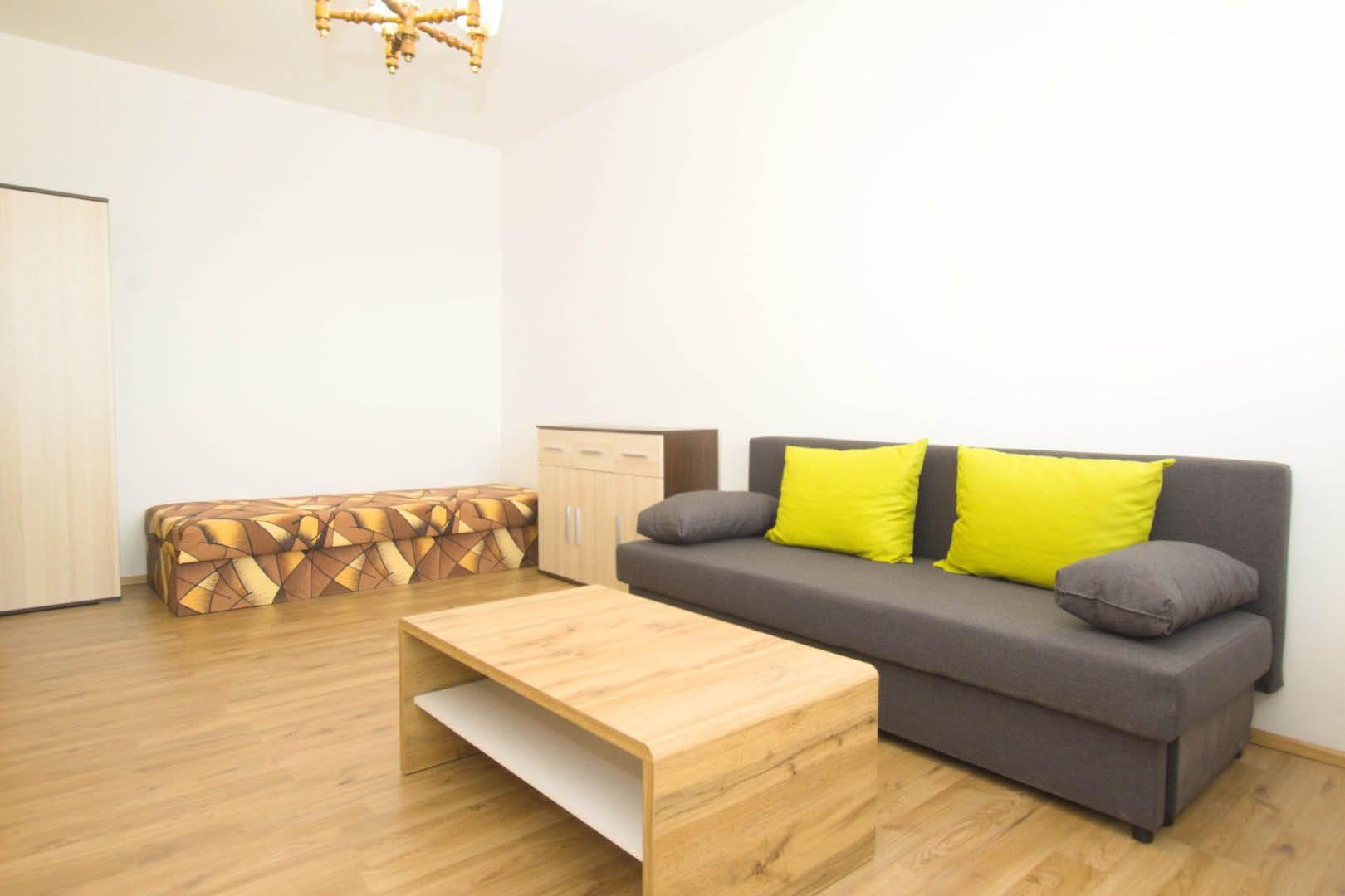 PRENAJATÉ | 1 izbový byt | Medveďovej, Bratislava