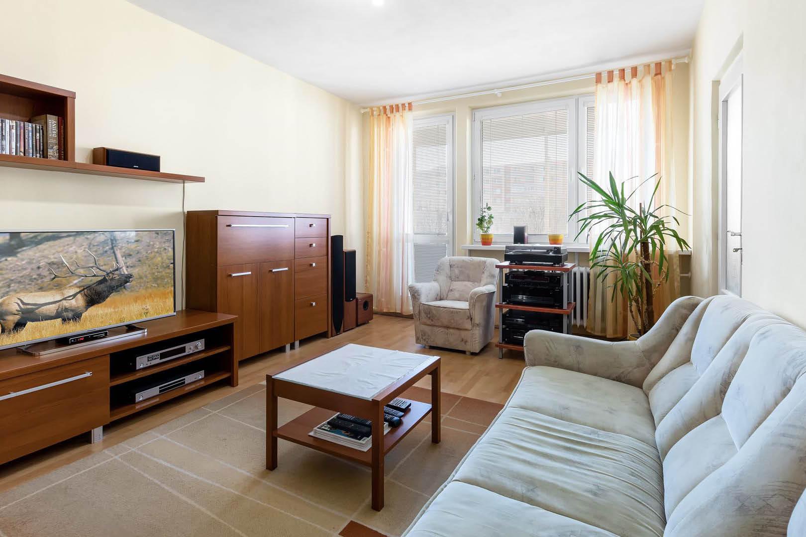 PREDANÉ | 3 izbový byt | Karloveská, Bratislava