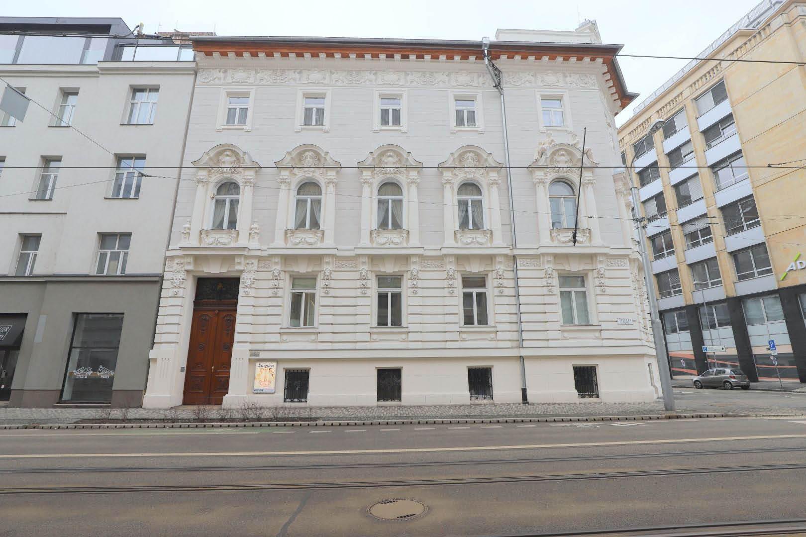 PRENAJATÉ | 1 izbový byt | Štúrova, Bratislava