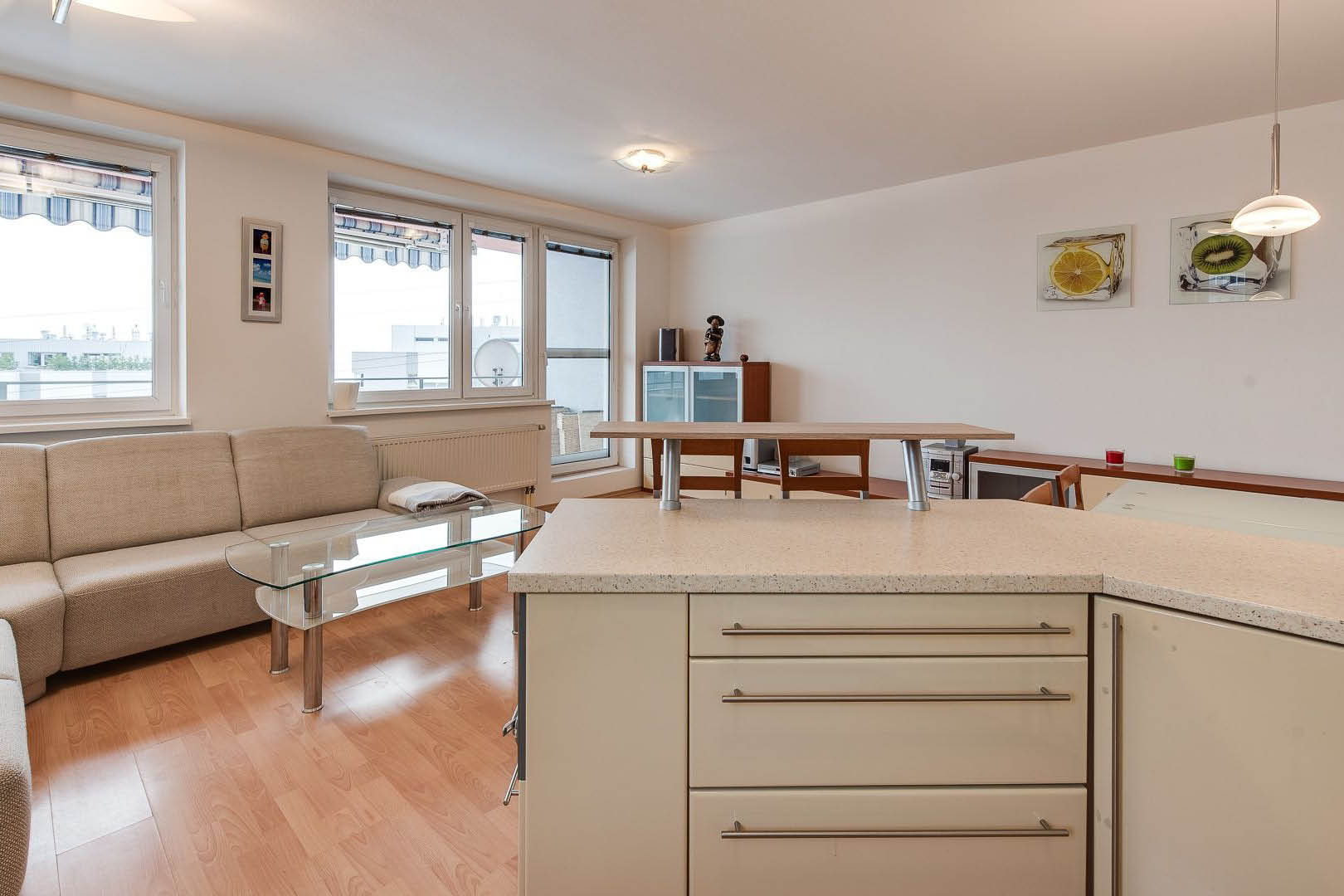 PREDANÉ | 4 izbový byt | Kresánková, Bratislava