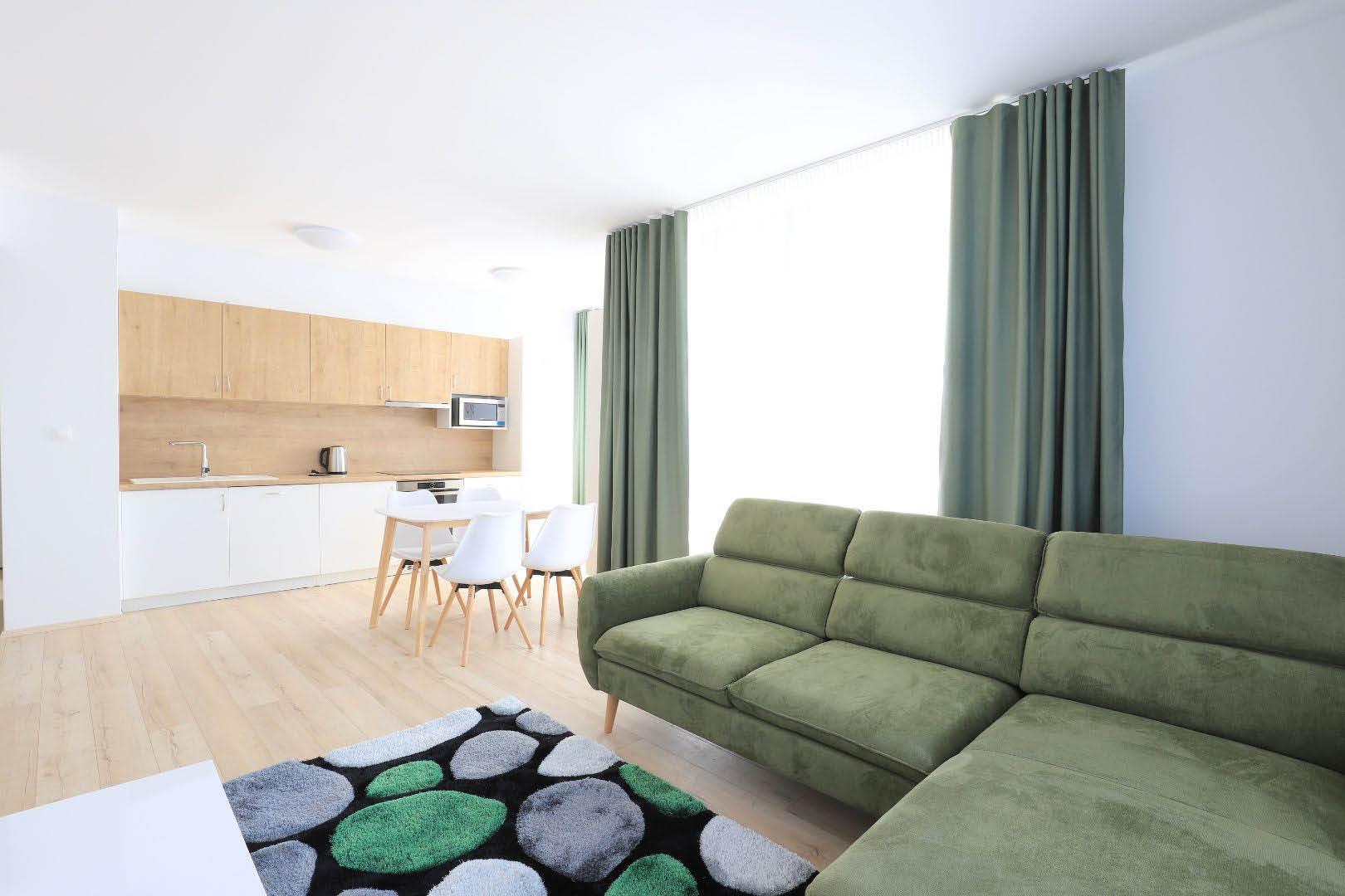 PRENAJATÉ | 2 izbový byt | Jarabinkova, Bratislava